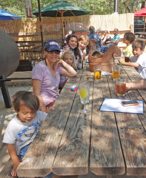 mother's day at kate's place wimberley