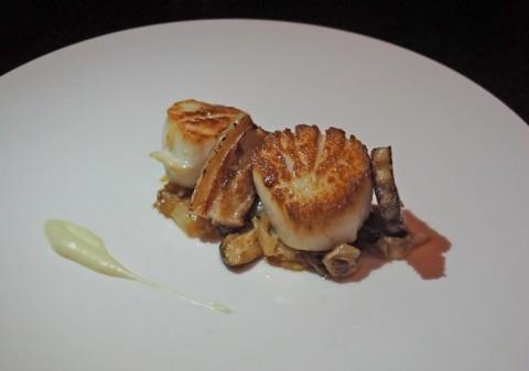 Trace restaurant W Hotel Austin diver scallops