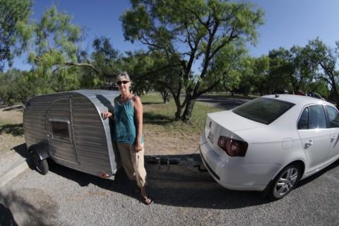 VW jetta TDI pulls teardrop trailer