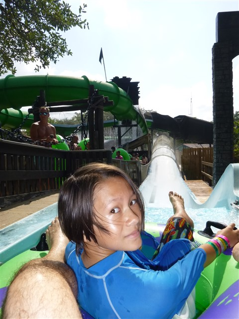 uphill water park ride schlitterbahn
