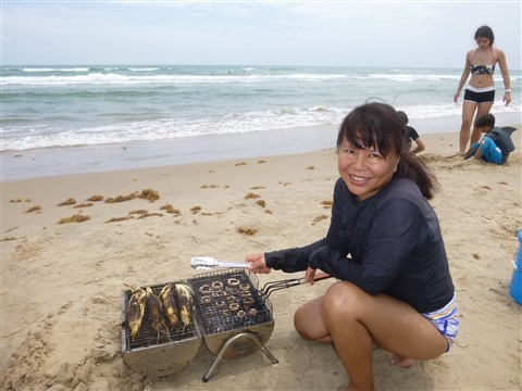 hatch chili sausages grilled on the beach south padre island