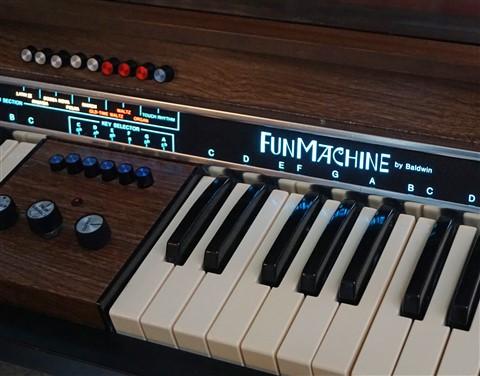 fun machine by baldwin keyboard analog synthesizer