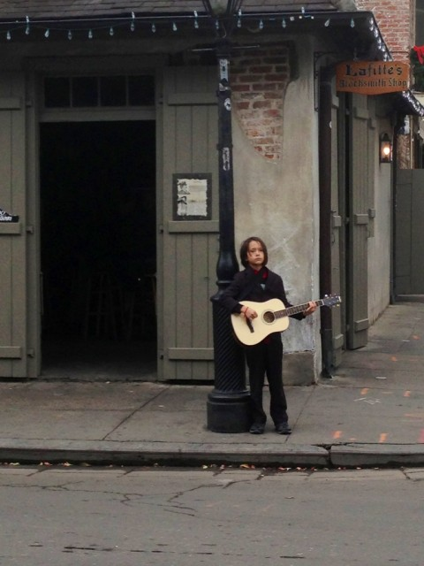 lafitte's blacksmith shop bar bourbon street musician new orleans