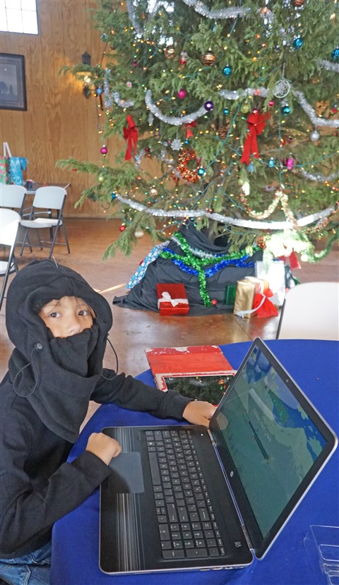 laptop with terraria for christmas