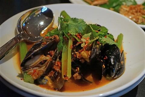sway mussels thai spicy westlake austin