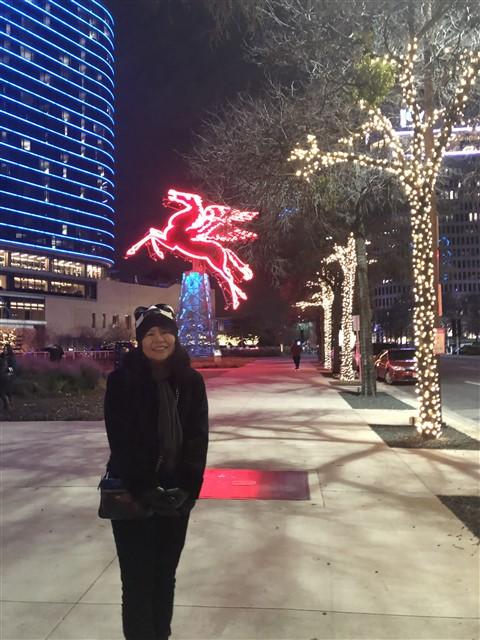 downtown dallas christmas lights 2018