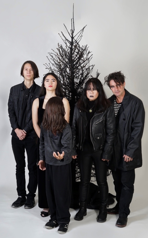 austinmodhouse dark christmas 2019