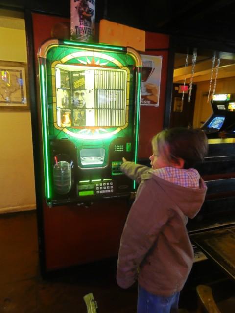 jukebox at billy's on burnett