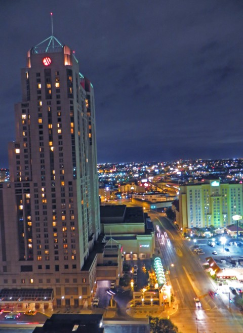 grand hyatt san antonio night view