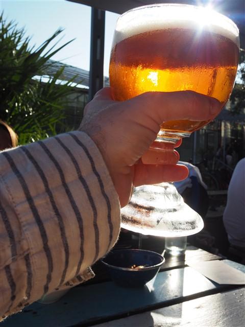 cheers beer schooner perla's austin