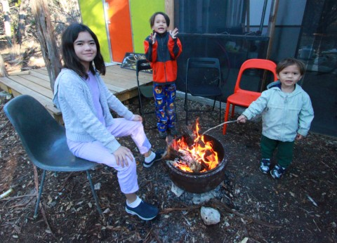 breakfast camp fire at the off grid cabin