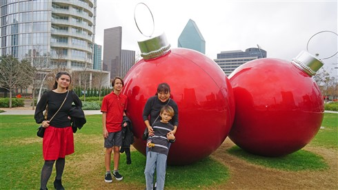 klyde warren park christmas dallas