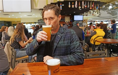 whole foods beer bar austin flagship store