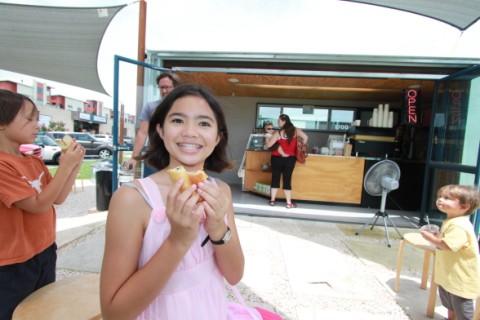 french sandwich girl