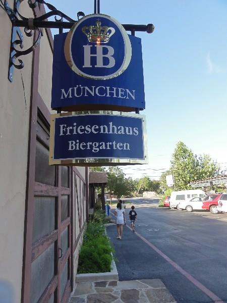 friesenhaus biergarten new braunfels