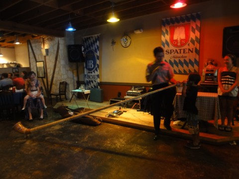 alphorn competition in new braunfels german restaurant