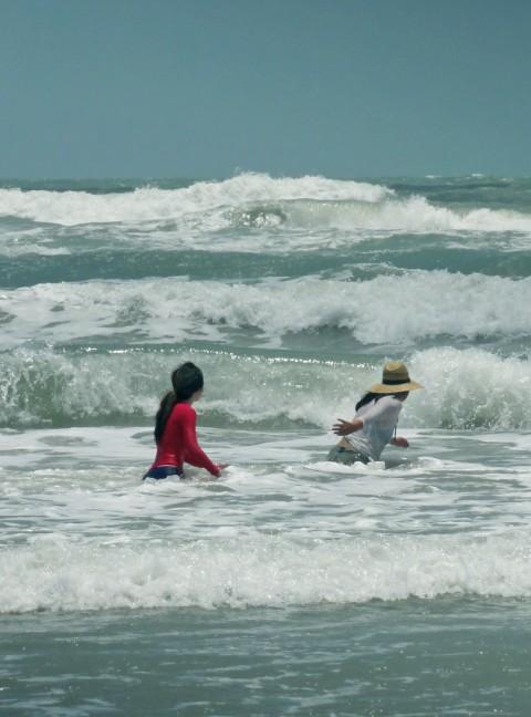 big surf waves texas tx spi south padre island beach