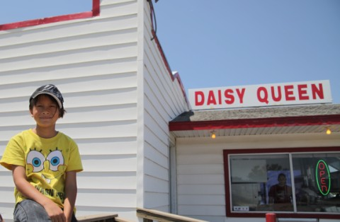 friend nebraska daisy queen