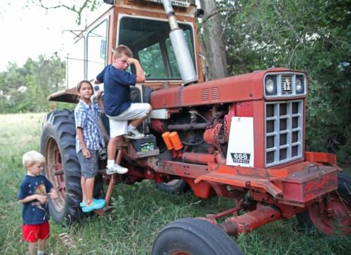 farmall 666 tractor nebraska farm