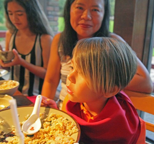 boy at benihana dallas enjoys the teppanyaki show