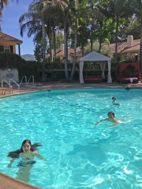 swimming pool at westlake village inn ca