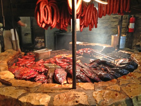smoke pit salt lick driftwood texas austin bbq