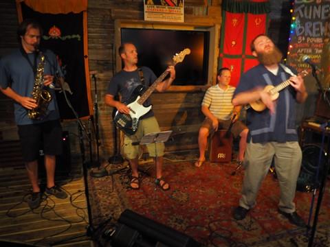 open mic at the whip inn austin
