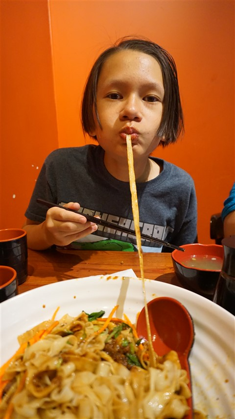 chinatown montreal noodles