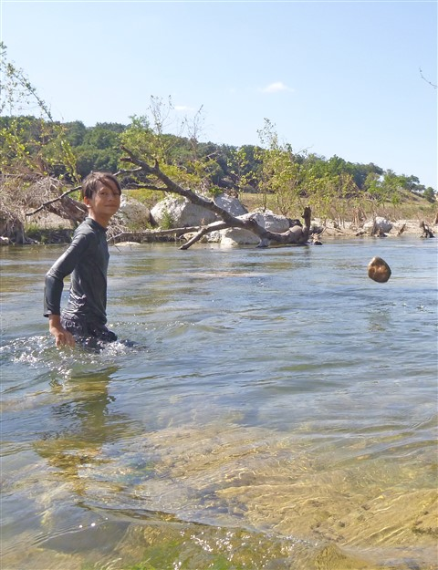 levitating rock wimberley river 2015