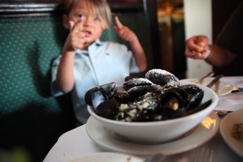 henninger's fells point baltimore best steamed mussels