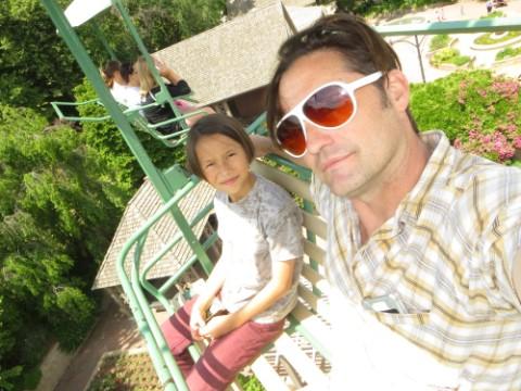 henry doorly zoo skyfari selfie