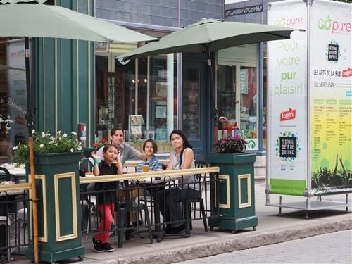 sidewalk cafe ru st jean quebec