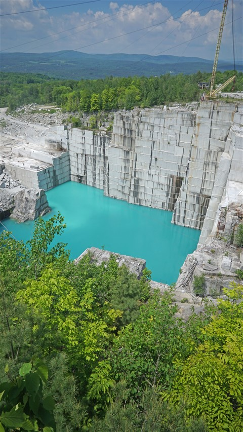 rock of ages granite quarry vermont