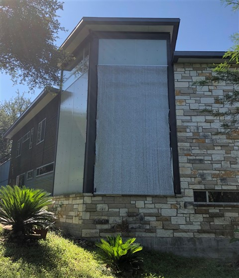 austin modhouse aluminet solar shade for polygal wall