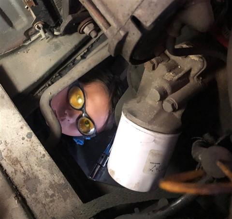 1972 BMW 2002 oil change chore