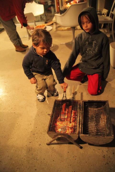 kids grilling salmon