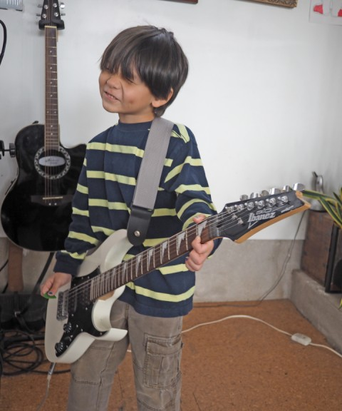small scale ibanez guitar