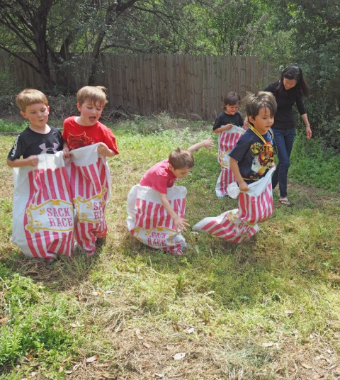 sack race kindergarteners