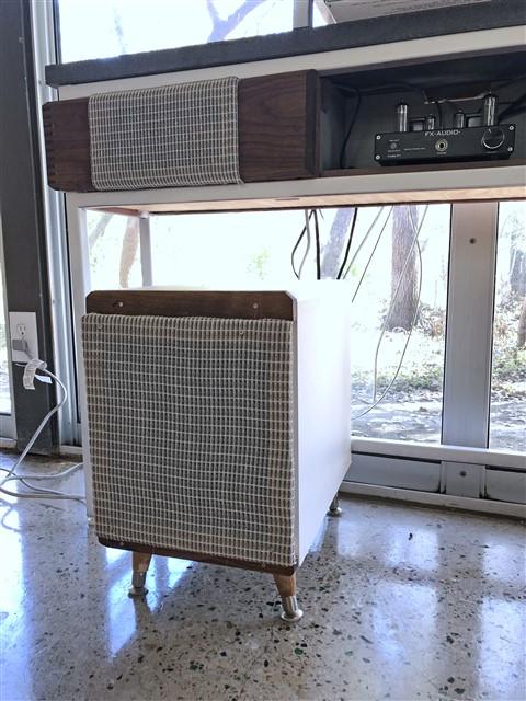 custom stereo austin modern