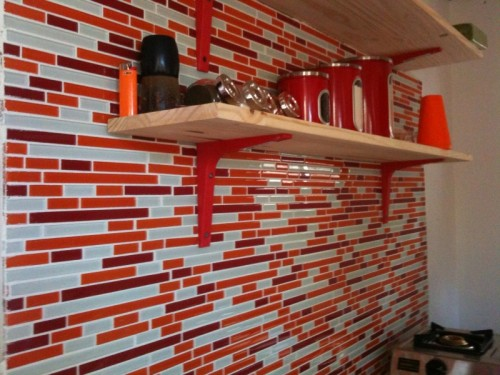 glass tile backsplash with grout