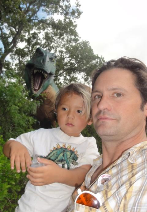 statue model dinosaur boy