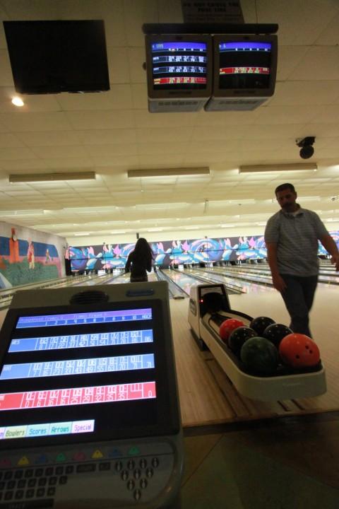highland lanes austin bowling alley