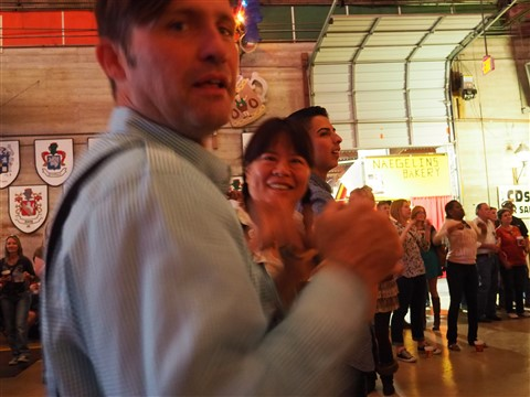 chicken dance wurst fest new braunfels