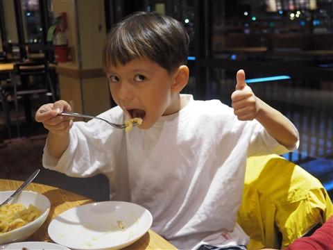 happy noodle boy at noodle & co westlake
