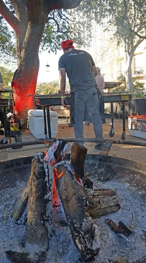 fire pit at four seasons cochon 555 austin tx 2016