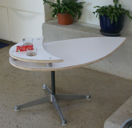 teardrop table