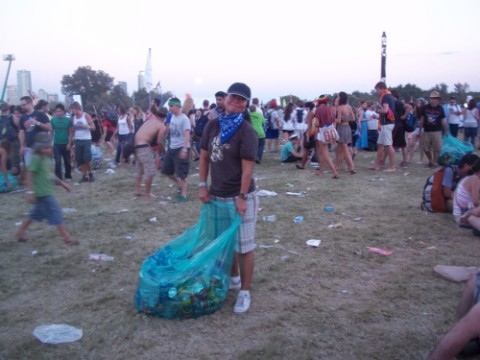 kat recycling at acl 2010