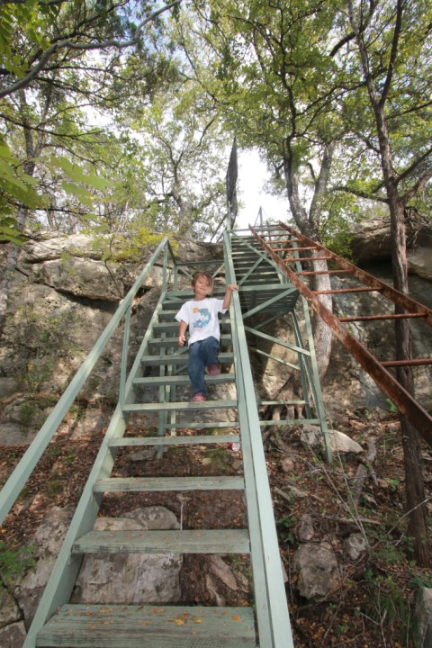 blanco river rapids park access stairs