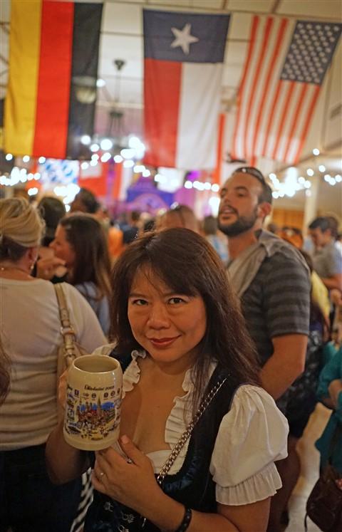 german girl stein austoberfest 2015 austin