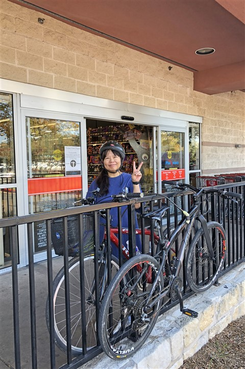 heb needs a bike rack westlake tx